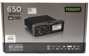 Fusion MS-UD650 Marine Entertainment System with Internal Uni-Doc