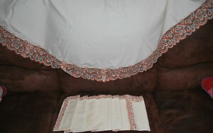 Oval-Tablecloth-8-Napkins-Cream-Table-Linen-96-x66-Orange-Lace-Vintage-Set