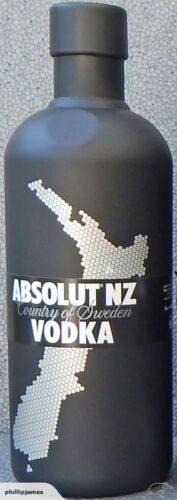 "RARE Ltd Ed New Zealand ONLY release 2011 Absolut Vodka Cover ""2nd Skin"" *MINT*"