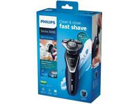 Philips Series 5000 S5572/40 Wet and Dry Men's Electric Shaver with Turbo Plus Mode and Beard Trim