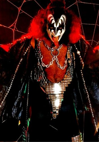 KISS Band Gene Simmons Web Reproduction 24 x 35 Poster - Love Gun Rock Music