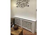 Classical style radiator cover