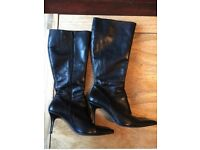 Black leather boots - good condition UK 7-8