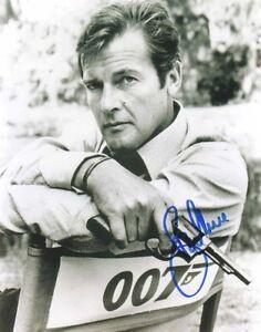 Roger-Moore-Autograph-Hand-Signed-Preprint-2-Photos-007-James-Bond-8x10-Pictures
