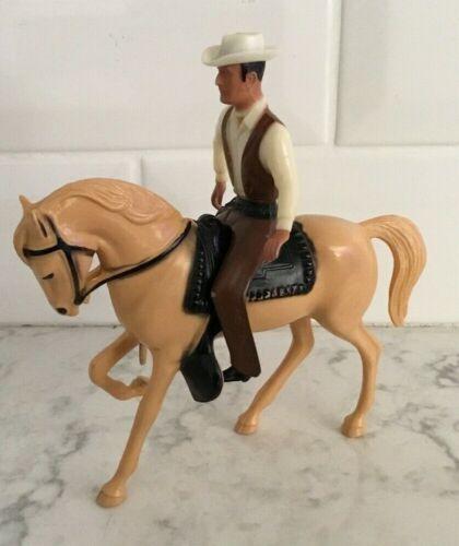 Hartland Mini Gil Favor Rawhide And Horse 500 Series
