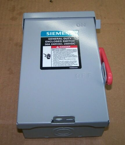 NEW SIEMENS 30 AMP FUSED SAFETY SWITCH 240 VAC 3 HP 1 PHASE NEMA 1  GF221NA