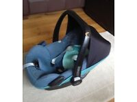 Maxi Cosi car seat (compatible with Quinny Buzz 3 stroller)