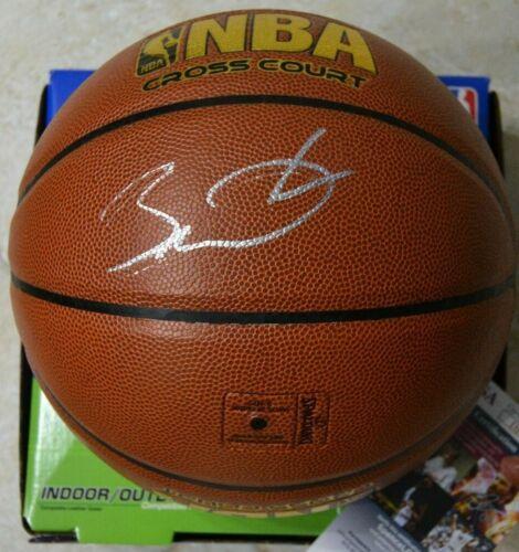 Dwyane Wade Signed NBA Basketball w/ JSA COA #DD24127 Miami Heat