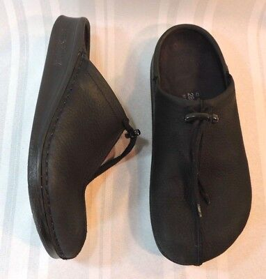 Men's Birkenstock clogs Black Leather shoes size 10 10.5 so NICE EU 43
