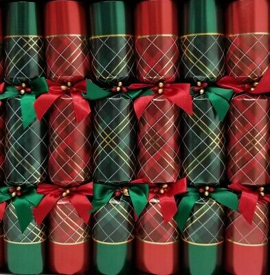 Tom Smith Holiday 14inch Festive Luxury Crackers 8Pack Red/Green