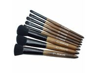 Wood Handle Make Up Brushes 8 Pieces