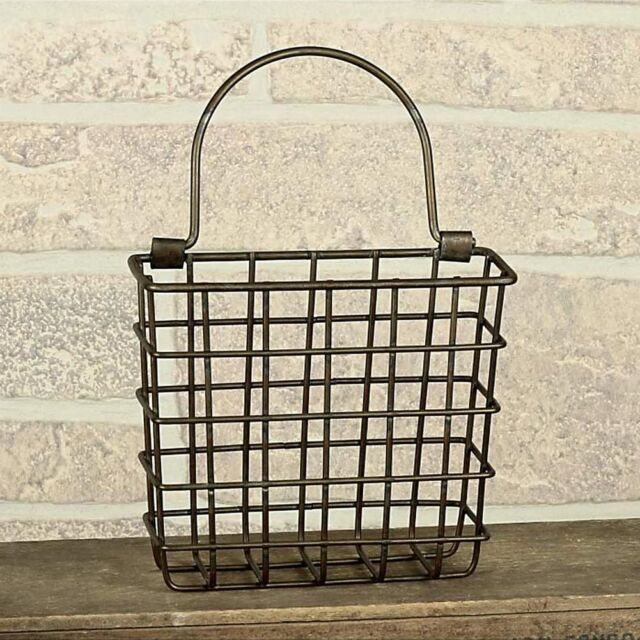 Small Pocket Basket