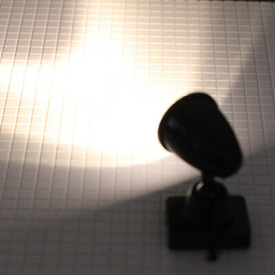 10pcs Model Railway Christmas Lamp Post Flood Lights O Scale LEDs LYC18