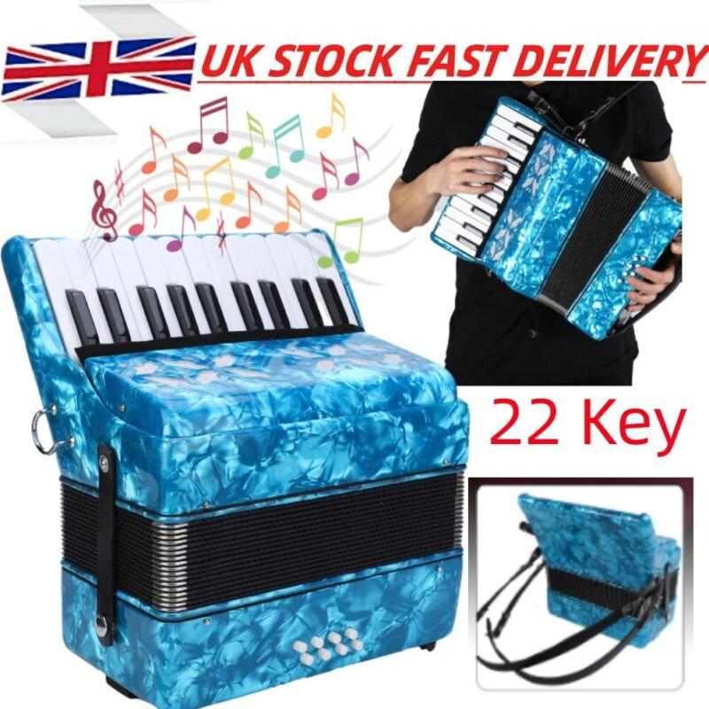 Classic Piano Accordion 22 Keys 8 Bass Hand Piano Accordion  Accordionist