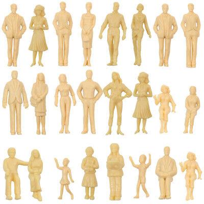 P2501B Neu 24 Stk. verschiedene Figuren unbemalt Spur G