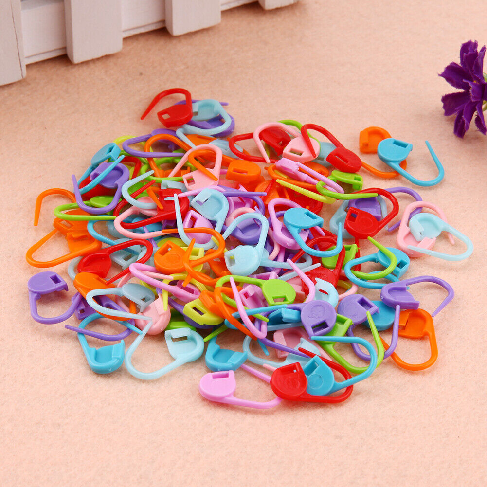 100 Pcs Mix color Knitting Crochet Locking Stitch Markers Craft Needle Clip Markers Holder Knitting Stitch Counter Safety Pins BaoST