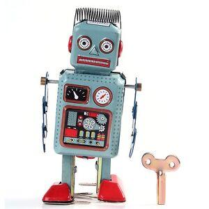 Metal Walking ROBOT TIN Toy Retro Vintage Mechanical Kids Gift Wind Up