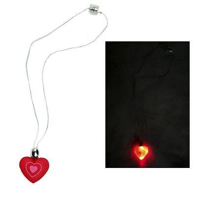 Flashing Heart Necklace](Flashing Heart Necklace)