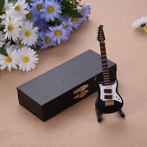 Mini Electric Guitar Model Miniature Wood Musical Instrument Collection Decor YR