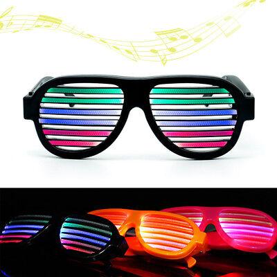 Halloween Dekor Gläser (LED blinkende Gläser Sound aktiviert Halloween glühende Party Dekor USB Gebühr)
