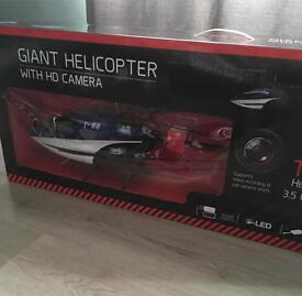 Giant T88 helicopter with HD camera