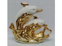 WHITE / GOLD CERAMIC DOLPHIN ORNAMENT CHINA ROMANY GYPSY