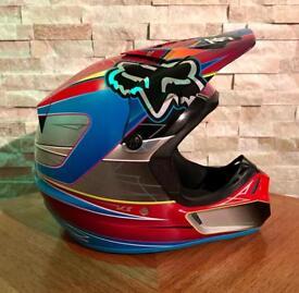 Fox V3 Motocross off-road MX Helmet Size: M