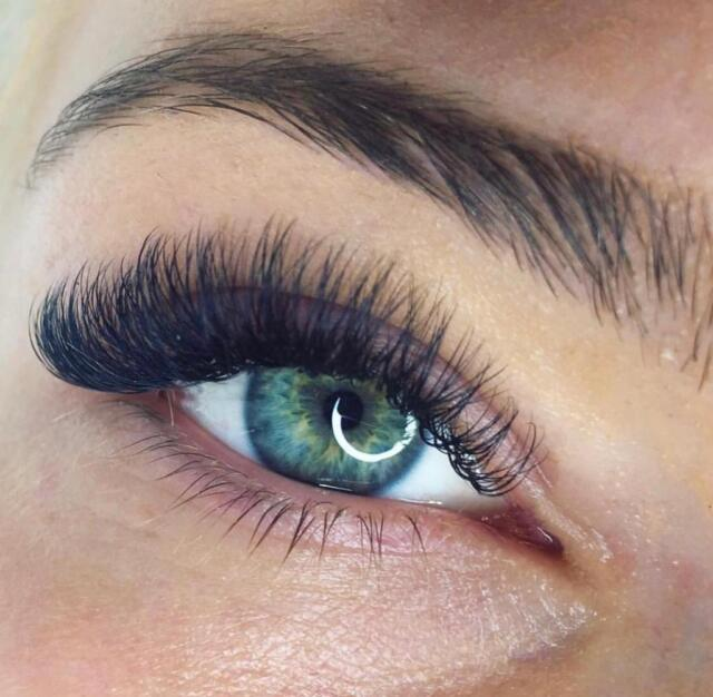 606c816b1a3 Mink Eyelash extensions DISCOUNTS classic/hybrid/fluffy/volume/dramatic |  in London | Gumtree
