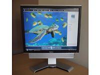 """Dell 1907FP 19"""" Computer Monitor with Dell Soundbar"""