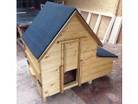Deluxe Chicken House