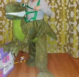 Dinosaur costume 5-6 yo