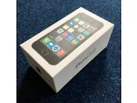 Carrier Unlocked Apple iPhone 5s 64GB Space Grey in good condition for sale!