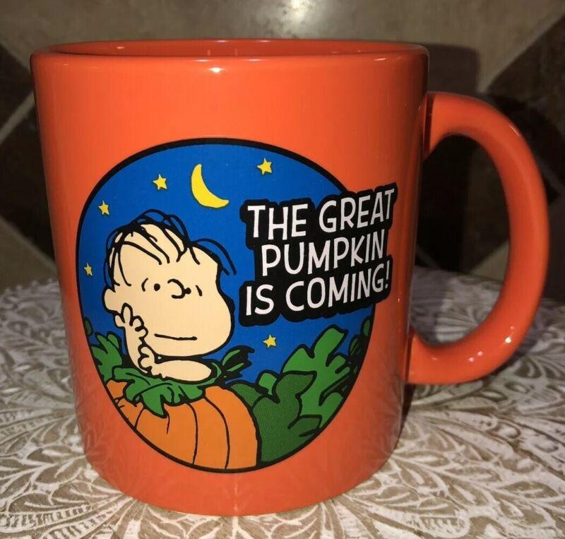 SNOOPY Peanuts THE GREAT PUMPKIN IS COMING Charlie Brown HALLOWEEN MUG 🎃 2020