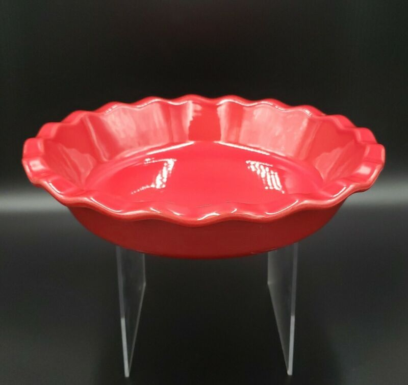 """Emile Henry 61.31 9"""" All Red Pie Baking Dish"""