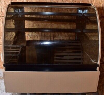 Structural Concepts Encore Series Hv48 50 Inch Curved Dry Bakery Display Case