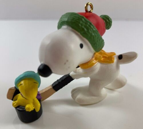 Peanuts Snoopy Woodstock Hockey Plastic Christmas Tree Ornament