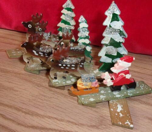 vntg diorama expanding accordion style wood Santa reindeer Christmas scene Japan