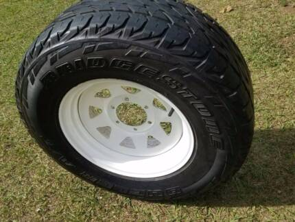 "16"" SUNRAYSIA 4X4 WHEEL AND TYRE A/T LT 255/70R16 DUELER 16X7 4W"