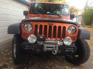Must sell gorgeous Jeep Rubicon 4d loaded