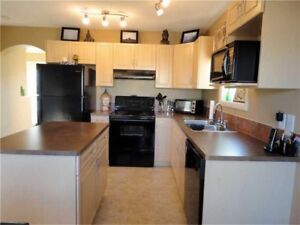 3-bedroom single family - park and lake nearby!