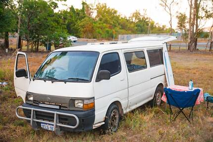 Campervan Hiace Commuter SLWB Hi Top