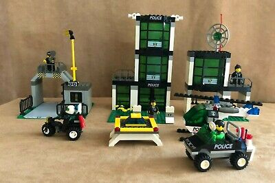 6332 Lego complete Town Command Post Central Police station jail vintage city