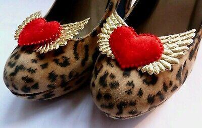 Gold Winged Red Velvet Hearts Shoe Clips - Rockabilly Pin-up - Vintage Pin Up Kostüm