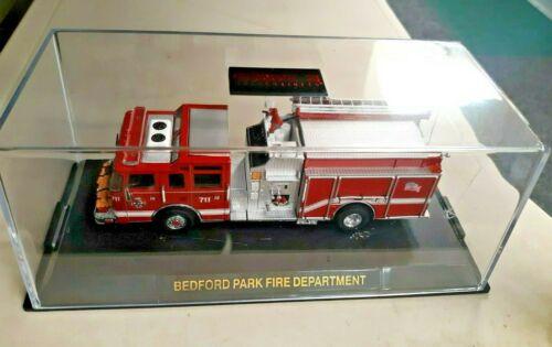 CODE 3 COLLECTIBLES 1/64 BEDFORD PARK ,IL. FIRE ENGINE L.E. 511/1500