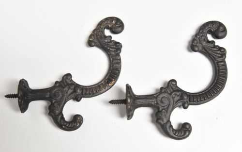 2  LARGE  SCREW IN VNTAGE VICTORIAN STYLE HOOK HAT OR COAT WALL MOUNT HOOKS