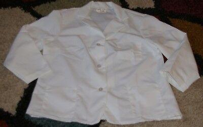 Best Medical L/S Women Lab Coat Button 3 Pockets 26