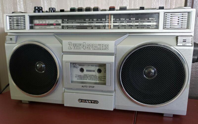 Sanyo Boombox M9915K Portable Stereo Radio Cassette Recorder Dual Shortband