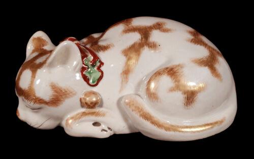 VINTAGE JAPANESE KUTANI PORCELAIN SLEEPING KITTY CAT FIGURINE SCULPTURE JAPAN