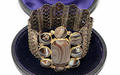 Stunning Antique Georgian Agate Cuff Gold Bracelet
