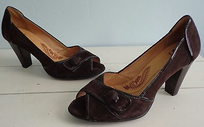 (Sofft Gabby Brown Suede Leather Peep Toe Heels Pumps Shoes Womens Sz 9.5 Button)